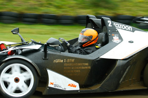 KTM X-BOW Head To Head 04 300x199